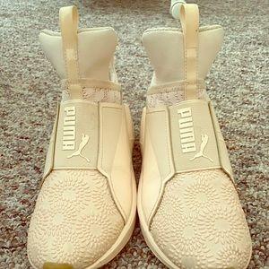 Puma rose sneakers